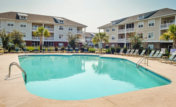 River Oaks Resort - Myrtle Beach, SC: Stay at River Oaks Resort in Myrtle Beach, SC, with Dates into March