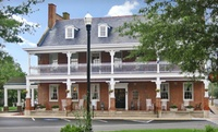 Civil War–Era Hotel in Charming Delaware Town