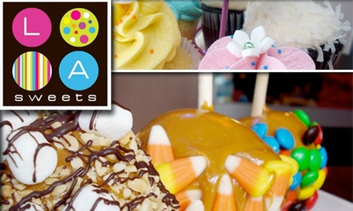 LA Sweets - South Miami: $6 for a 12-Pack of Mini Cupcakes at LA Sweets ($12.84 Value)