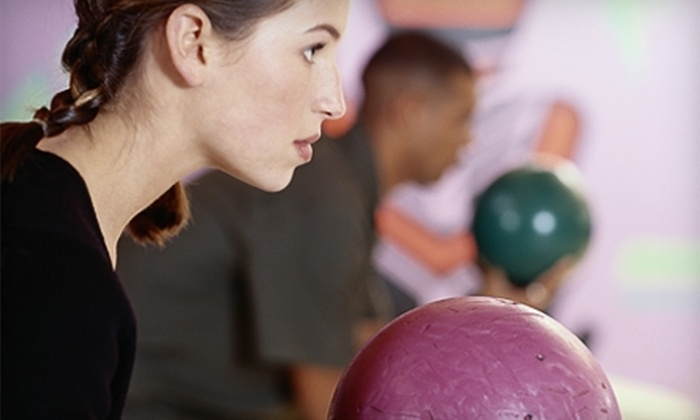 Thunderbird Bowl - Wichita: $20 for Two Games of Bowling for Four People and Four Shoe Rentals at Thunderbird Bowl (Up to $43.88 Value)