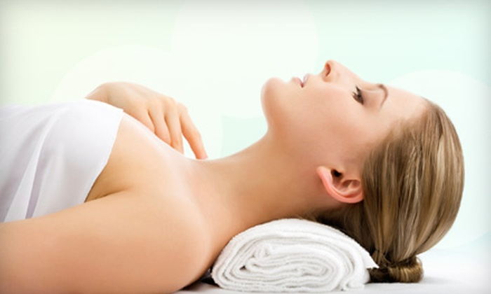 Suki Fit Spa - Fair Oaks: $55 for a Soothing and Hydrating Gel Body Wrap at Suki Fit Spa in Fair Oaks  ($110 Value)