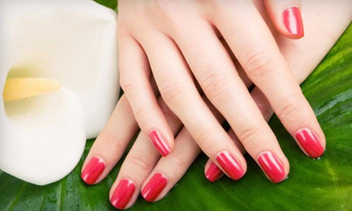 Polished Nail Lounge - Short Pump: Aromatherapy or Gel Manicure at Polished Nail Lounge (Half Off)