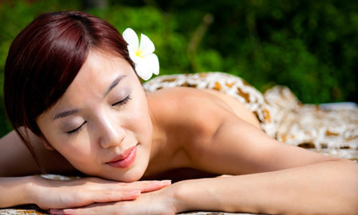 Therapeutic Solutions - Meadow Oaks: $32 for a 60-Minute Swedish or Deep-Tissue Massage at Therapeutic Solutions in Roseville ($69.99 Value)