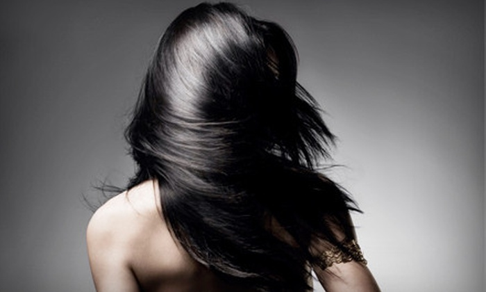 Stylingbar - University Place: $25 for a Shampoo, Flirtini Deep-Conditioning Mask, and Blow-dry at Stylingbar ($60 Value)