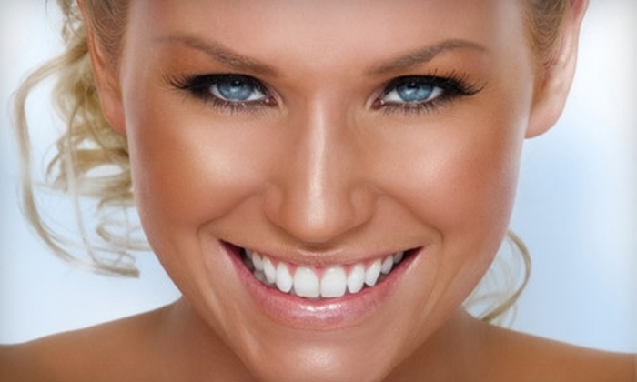 The Glo Studio - Scottsdale: $25 for Three Organic Airbrush-Tanning Sessions at The Glo Studio in Scottsdale ($75 Value)