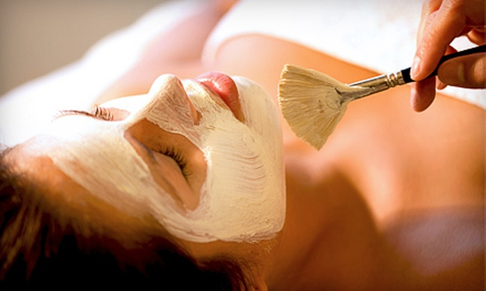 Pink West Aesthetics - Dripping Springs: Facials, Waxing, and Other Beauty Treatments at Pink West Aesthetics in Dripping Springs. Two Options Available.