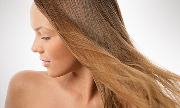 Félix Hair style - Recife: Félix Hair Style – 2 unidades: escova progressiva ou inteligente (opção de mais 3 tratamentos), a partir de R$ 45