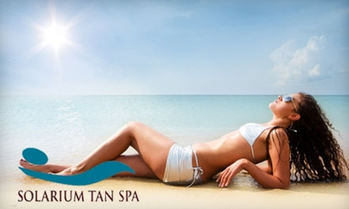 Solarium Tan Spa - Goodlettsville: $19 for One Month of Unlimited Stand-up or Level 2 Bed Tanning or Two Custom Airbrush Tans at Solarium Tan Spa in Goodlettsville ($50 Value)