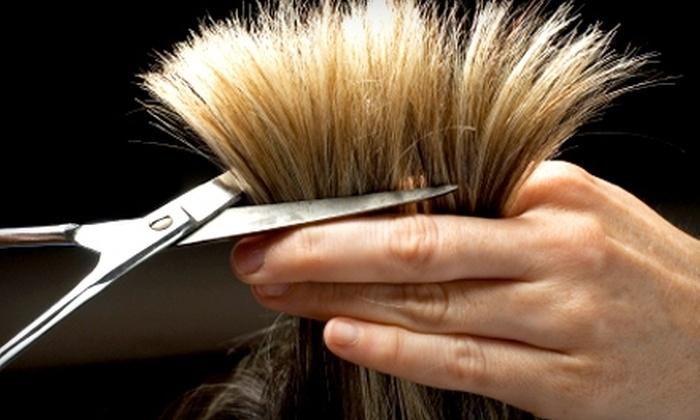 de'-al salon  - Wichita: $89 for a Cut, Color, Conditioning Treatment, and Blow-Dry Styling at de'-al salon ($180 Value)
