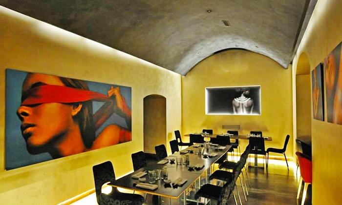 Kukai - Kukai: Menu sushi e sashimi alla carta a 49,90 € da Kukai a Chiaia