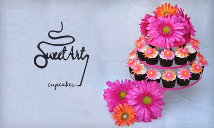 Sweet Art Cupcakes - East Central: $30 for One Dozen Cupcakes from Sweet Art Cupcakes in Pasadena ($60 Value)