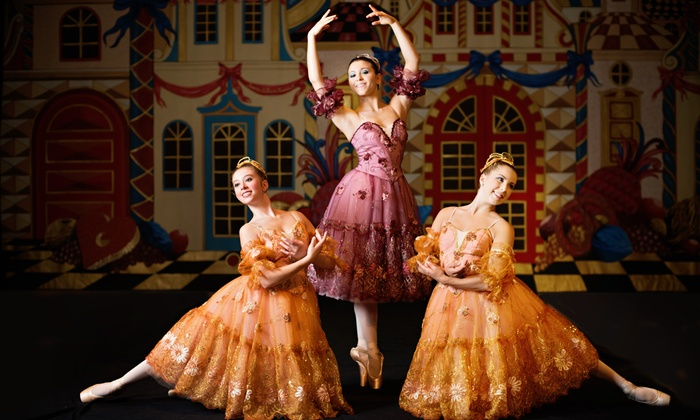 "Salt Creek Ballet presents ""The Nutcracker"" - Hinsdale Central Auditorium: Salt Creek Ballet Presents ""The Nutcracker"" on Saturday, November 29 (Up to 38% Off)"