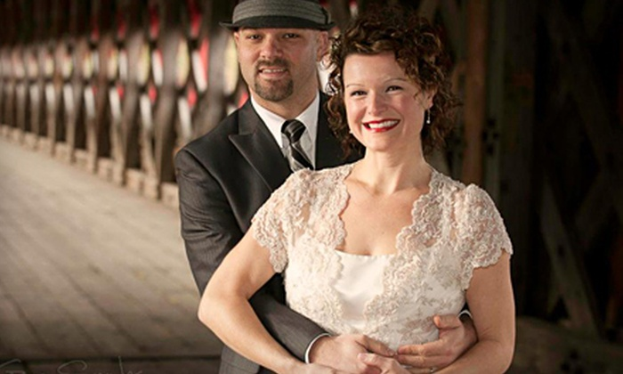 Greg Snyder Photography - Byward Market - Parliament Hill: $49 for a Portrait Package with 90-Minute On-Site Photo Shoot and Image CD from Greg Snyder Photography ($250 Value)