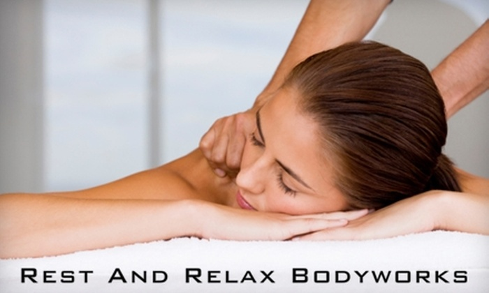 Rest and Relax Bodyworks - Mar Vista: $65 for Massage and Choice of Chiropractic or Acupuncture Treatment at Rest and Relax Bodyworks (Up to $280 Value)