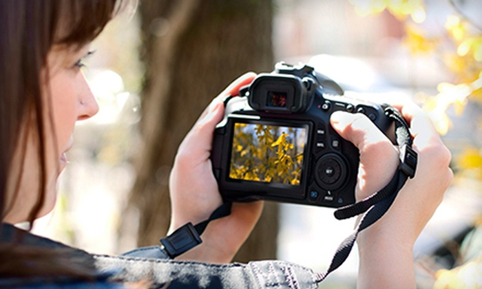 J. Holland Photography - Venice: $39 for Three-Hour Beginners' DSLR Photography Class at J. Holland Photography ($80 Value)