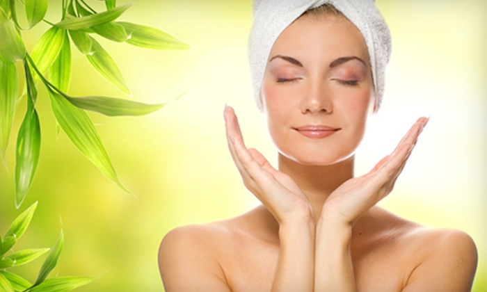 Total Image Salon & Spa Oasis - Eastview Manor: $49 for a One-Hour Body Wrap or Scrub at Total Image Salon & Spa Oasis in Jupiter ($99 Value)