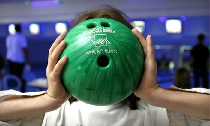 Waveland Bowl - Chicago: $17 for Three Games of Bowling for Two Plus Shoe Rental at Waveland Bowl (Up to $36 Value)