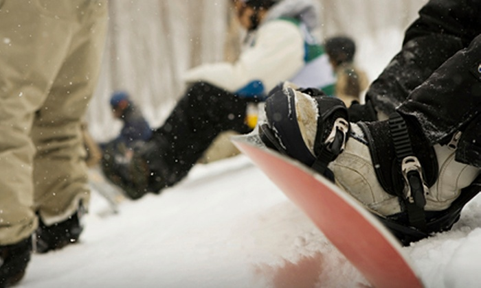 Willi's Ski and Snowboard Shop - Multiple Locations: $12 for a Ski or Snowboard Tune-Up at Willi's Ski and Snowboard Shop ($24.95 Value)
