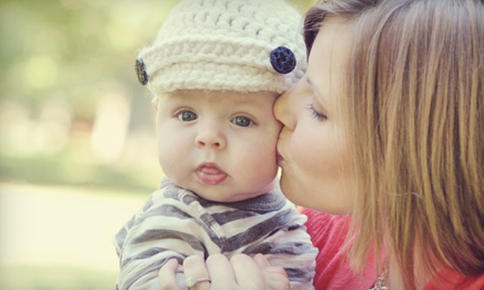 Lisa Dolan Photography - St Louis: $65 for One-Hour On-Location Photo Shoot and CD of 15 Images from Lisa Dolan Photography ($200 Value)