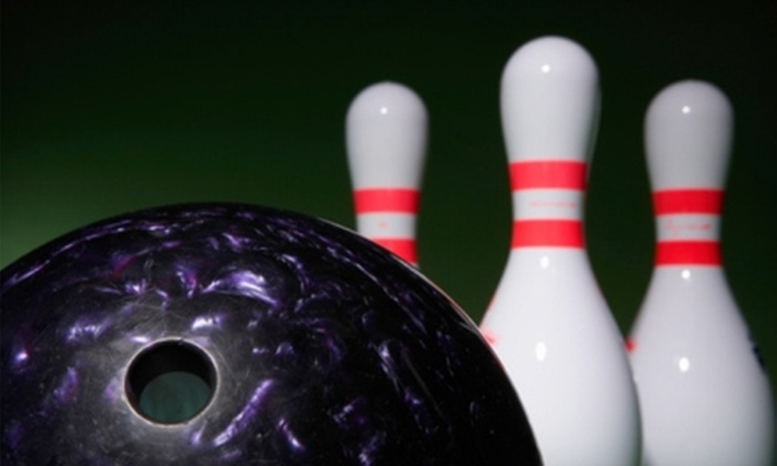 Sandcastle Bowl Bar & Grill - South Surrey: $39 for Three Games of Bowling for Four Plus a Voucher for $20 Worth of Pub Fare at Sandcastle Bowl Bar & Grill ($91.68 Value)