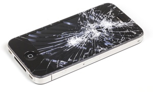 Phone Medic: iPhone 5 Screen Replacement from Phone Medic (30% Off)