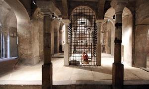 Cripta di Leonardo e Foro Romano: Degustazione menù dell'antica Roma al Foro Romano e accesso alla Cripta di San Sepolcro (sconto fino a 50%)