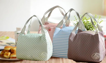 One (AED 39), Two (AED 69) or Three (AED 89) Thermal Insulated Lunch Bags