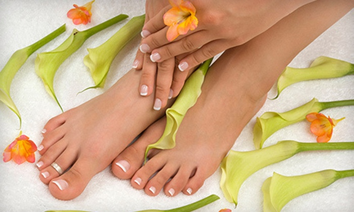 Moments Day Spa - Downtown Brampton: $33 for a Deluxe Mani-Pedi at Moments Days Spa in Brampton ($80 Value)