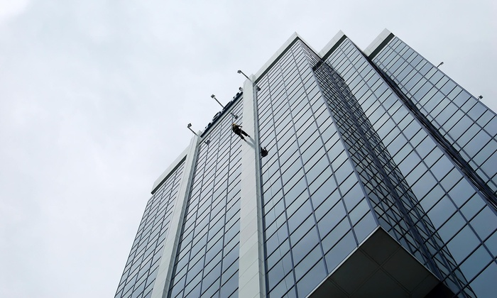 Midtown Company - Los Angeles: Five Hours of Window Cleaning from Midtown Company (40% Off)