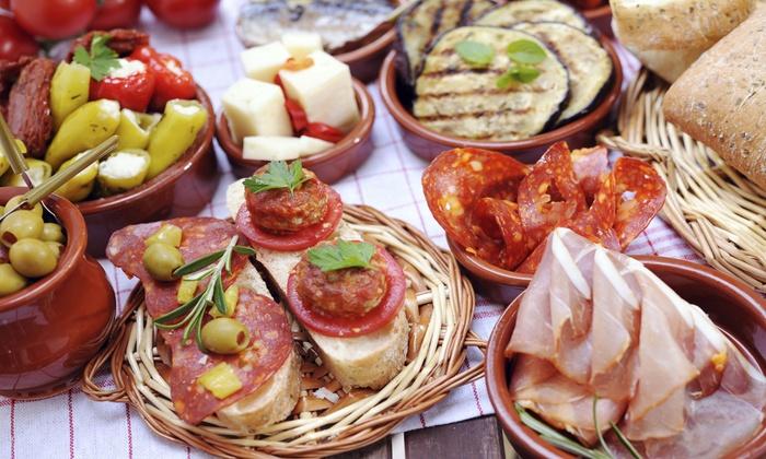 L'Antipastoristo - Brindisi: Menu di antipasti pugliesi e un litro di vino Primitivo per 2 o 4 persone da L'Antipastoristo (sconto fino a 75%)