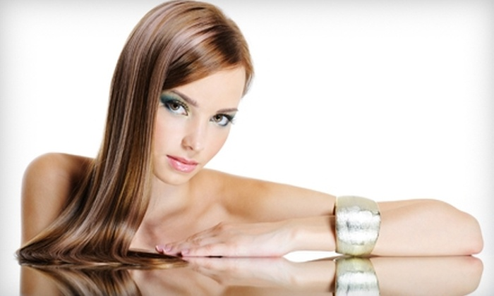 Salon au Rouge - Portland: $60 for Haircut and Highlights at Salon au Rouge (Up to $128 Value)