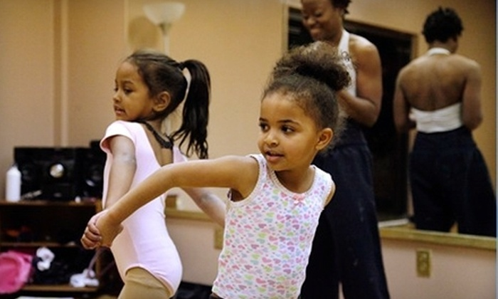 MidSouth World Dance Center - Masjid Al-Noor Housing Development Corp: $20 for Four Kids' World Dance Classes at the MidSouth World Dance Center ($40 Value)