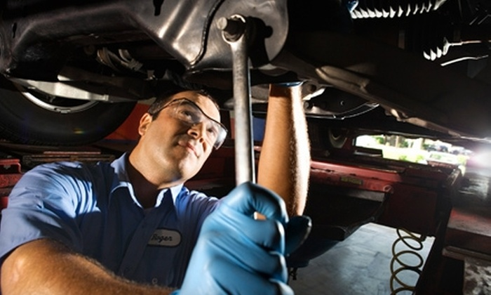 Roebuck Auto & Tire - Roebuck: $32 for an Oil Change and Tire Rotation at Roebuck Auto & Tire ($65.97 Value)