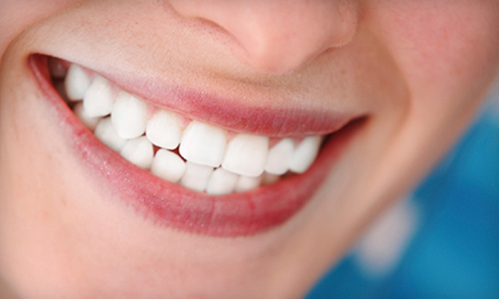 Medplex Dental - Sandlake Commons: $39 for a Dental Package with Exam, Cleaning, and X-rays at Medplex Dental ($280 Value)