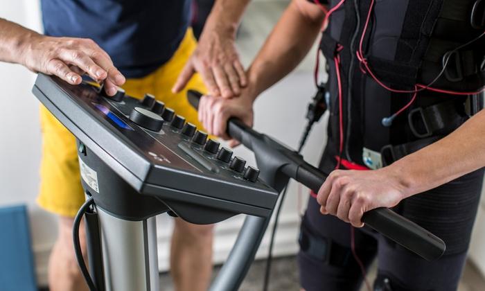 Bodystreet - Witten: EMS-Training à 20 Min. inkl. Leihbekleidung und Wasser-Flat, opt. mit Köperanalyse, bei Bodystreet (bis zu 71% sparen*)