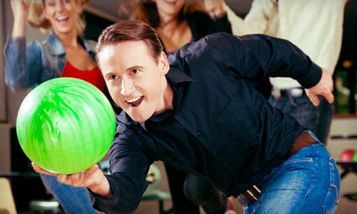 Hi-Way Lanes - Franklin: Bowling Outing for Two, Four, or Six with Pizza and Soft Drinks at Hi-Way Lanes in Franklin (Up to 60% Off)