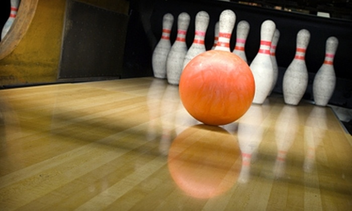 Robin Hood Lanes - Edmonds: $5 for Two Games of Bowling Plus One Shoe Rental at Robin Hood Lanes in Edmonds (Up to $12 Value)