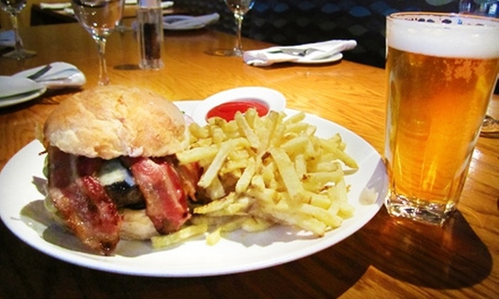 Hamilton Street Grill - Downtown Vancouver: $11 for a Hamilton Street Burger and a Pint of Beer at Hamilton Street Grill ($22 Value)