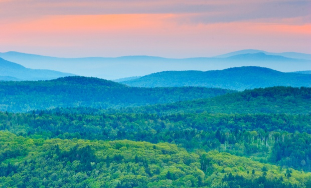TripAlertz wants you to check out 1-Night Stay for Two with Optional Dining Credit and Museum Tickets at Harwood Hill Motel in Bennington, VT Hilltop Inn in Vermont's Green Mountains - Inn in Vermont's Green Mountains