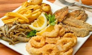 Menú de pescaíto frito para 2 o 4 personas con entrante, principal y vino desde 16,95 €