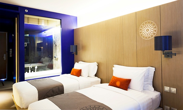 Phuket: 4* Stay at Eastin Hotel 2
