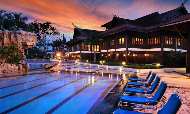 JB: 5* Resort Stay + Spa Retreat 0