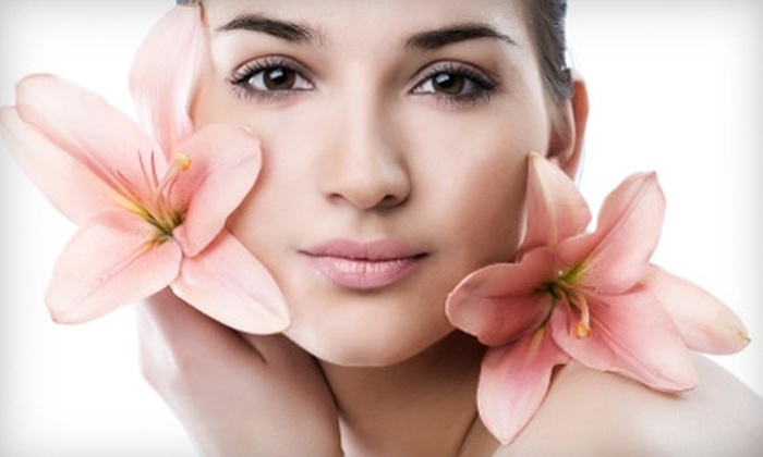 Healthy Tan and Spa - Chattanooga: $55 for One Microdermabrasion Facial Treatment and Chemical Peel at Healthy Tan and Spa in Ooltewah ($110 Value)