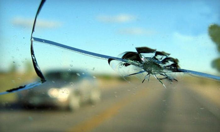 Cascade Auto Glass - Northeast Neighbors: Three Windshield-Chip Repairs or $39 for $100 Toward Windshield Replacement at Cascade Auto Glass (Up to 61% Off)