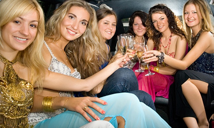 Suite 450 - Galveston: $289 for a Four-Hour BYOB Party-Bus Rental for Up to 18 from Suite 450 ($580 Value)