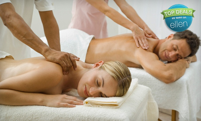 Advanced Wellness Centre - Centretown - Downtown: $39 for a Couple's Relaxation Massage and Acupressure Workshop at Advanced Wellness Centre ($180 Value)
