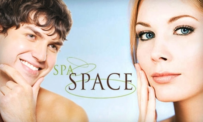 Spa Space - West Loop: $59 for a Microdermabrasion Treatment at Spa Space
