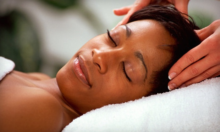 Multi Therapy Clinic - Bullard: $20 for 40-Minute Full-Body Massage at Multi Therapy Clinic ($40 Value)