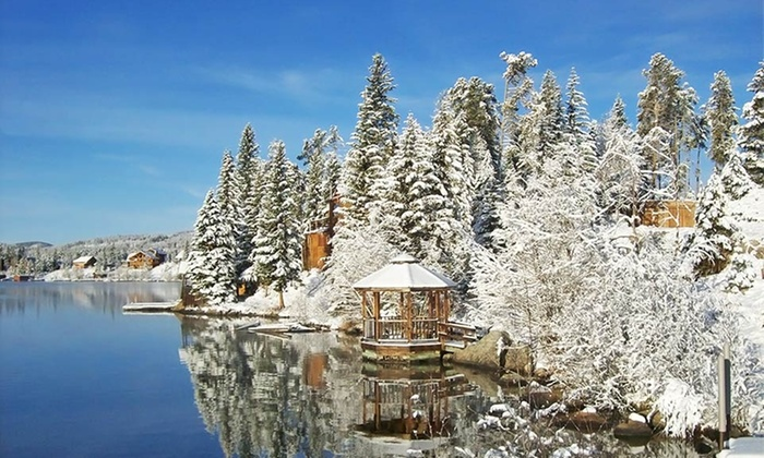 Western Riviera Courtyard Cabins - Grand Lake, CO: 1- or 3-Night Stay for Up to Six at Western Riviera Courtyard Cabins in Grand Lake, CO. Combine Up to 5 Nights.