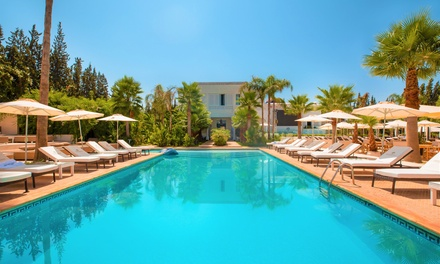Marrakech: habitación doble o suite junior para 2 con desayuno y opción a cena y baño árabe en La Maison Blanche